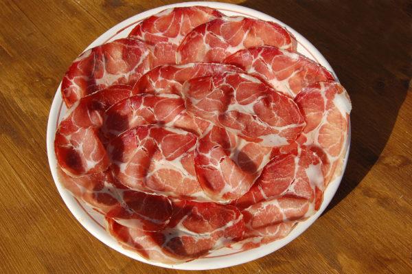 Piatto di capocollo prodotto da Zio Peppe ad Alberobello