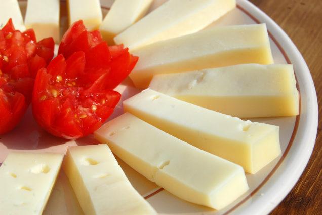 Dettaglio formaggio fresco - Braceria ad Alberobello