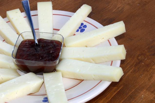 Dettaglio pecorino prodotto da Macelleria Zio peppe